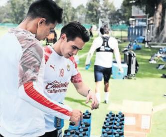 Hacen pruebas a futbolistas de las Chivas por COVID-19