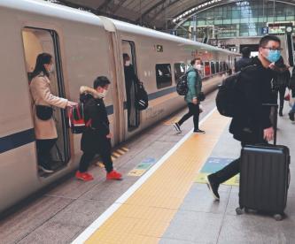 La ciudad de Wuhan comienza a reabrir sus servicios, tras ser la cuna del coronavirus