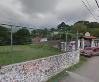 Motosicarios ejecutan a balazos a un joven vendedor de pollo, en Cuernavaca
