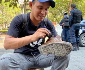 Ante la crisis sanitaria, a bolero se le complica mantener a su familia en Morelos