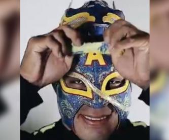 Cinta de Oro presume su nueva máscara del Club América