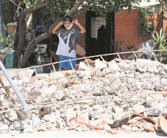 Oaxaca con saldo de 9 muertos y 15 desaparecidos tras sismo; mal clima complica ayuda