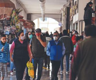 Aún con semáforo epidemiológico en rojo, comerciantes del Edomex reabren sus negocios