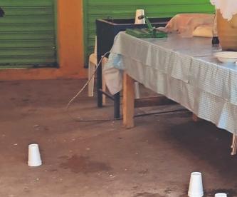 Asesinan a balazos a hombre que comía en una cocina económica, en Morelos