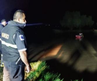 Buscan a menor de edad que cayó a zanja de agua en el Estado de México