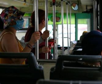 IMSS dará seguridad social a 15 mil 500 choferes de transporte público, en CDMX