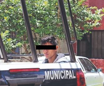 Joven de 24 años asalta a su mamá en Morelos y así alertó ella vía WhatsApp