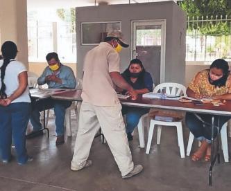 Exhiben en Facebook a banda de falsos gestores de la Secretaría de Bienestar Social de México