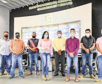 Agrupación ciudadana arma Segurichat para brindar apoyo a los transportistas en Morelos