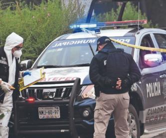 Golpean a una mujer hasta quitarle la vida, la localizan semidesnuda en calles de Ecatepec