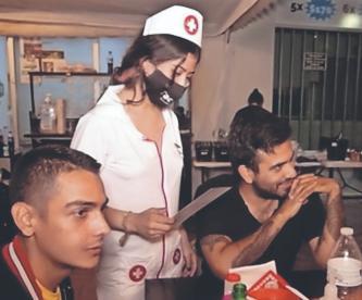 Brandon abre 'Tacovid-Sabor Viral', una taquería inspirada en el coronavirus en Guanajuato