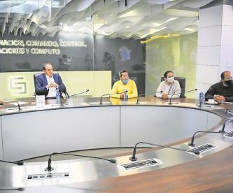 Cuauhtémoc Blanco recibe a la defensa jurídica de los deudos de víctimas de la Barona