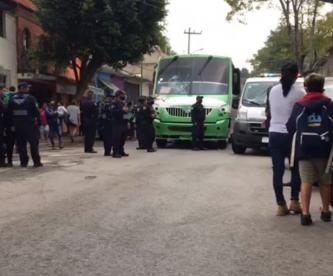 Niña de tres años sale corriendo de su casa y muere atropellada por un bus, en CDMX