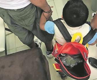 """Pareja usaba niño para vender droga, ocultaba la """"mercancia"""" en su mochila en el Edomex"""