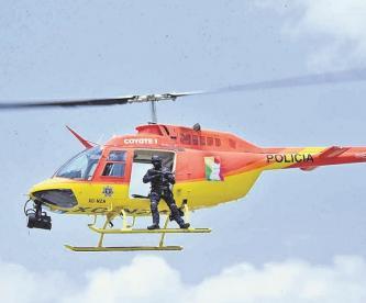 Persecución de película, helicóptero municipal del Edomex ayuda a atrapar a extorsionador