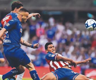 Chivas se enfrenta al Cruz Azul ¿Dónde y a qué hora ver el partido?