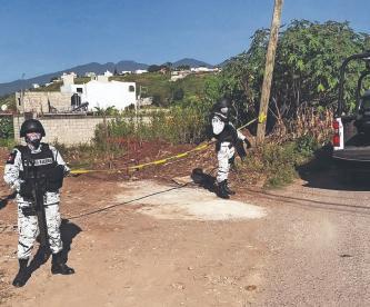 Vecinos se topan con el cadáver de un desconocido ejecutado a balazos, en Morelos