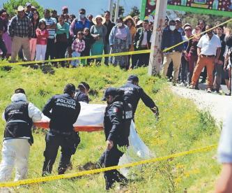 Arrastran cadáver de una joven y lo dejan en cultivos en Edomex, fue abusada sexualmente