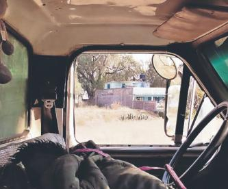 Asesinan con saña a basurero en camión recolector del Edomex, lo envuelven en chamarra