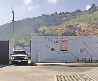 Sujetos armados ingresan a gasera en Edomex, somen a empleados y se llevan 2 mdp