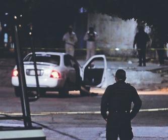 Asesinan a joven estudiante frente a su padre y dentro de un taxi, en Cuernavaca