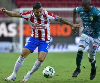 Chivas empata con León en la ida