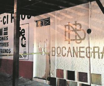Joven desaparece en Morelos, FGE catea dos bares y encuentran estas pertenencias