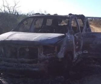 Hallan 19 cuerpos baleados y calcinados dentro de una camioneta, en Tamaulipas