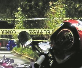 Pareja de bikers muere al estrellarse contra un automóvil, en Metepec