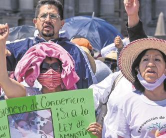 """Aprovechados les hacen la maldad a familias de presos en Edomex, prometen """"liberación"""""""