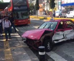 Choque taxi ambulancia gam