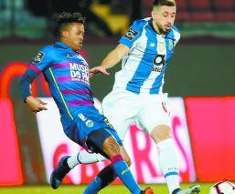 Porto derrota Chaves Liga portuguesa