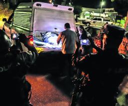 Automóvil personas desmembradas Guerrero