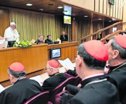 Papa Francisco reunión abusos sexuales niños sacerdotes