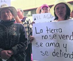 Manifestantes Exigen justicia Desalojo Tlalcilalcalpan