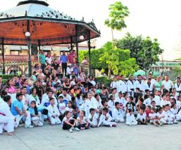Grupo de taekwondo Fiesta Deportiva Integración cultural Morelos