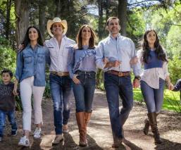 Biby Gaytán Eduardo Capetillo Reality show Bodas de plata