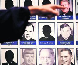Revelan lista nombres datos sacerdotes pederastas Estados Unidos