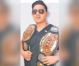 El novato Jhon Tito confía en salvar su cabellera, en la arena 23 de junio