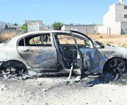 Hallan cadáver Descuartizado Incinerado Auto en llamas Edoméx