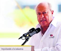Cercanos a Carlos Romero Deschamps recibe dinero a costa de Pemex