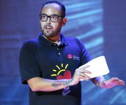 Mauricio Clark reacciona disculpa AMLO polémica