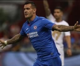 El VAR evita empate; Cruz Azul gana a Pumas