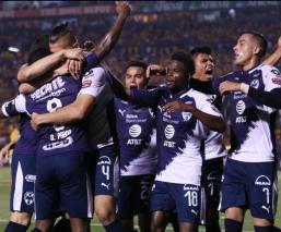 Rayados le pega a Tigres en la final de ida de Concachampions