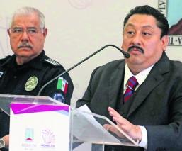 Uriel Carmona sólo hay 300 policías