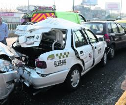 Carambola de cuatro vehículos Paseo Tollocan