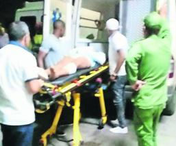 Conductor mata 3 personas lesiona a 30