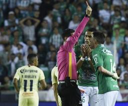 Rubens Sambueza quiere que le quiten la expulsión para jugar la final