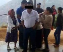 Amarran a presidente Siltepec Chiapas Pavimentación