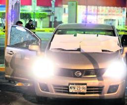 Motosicarios Ejecutan a pareja Plaza comercial CDMX